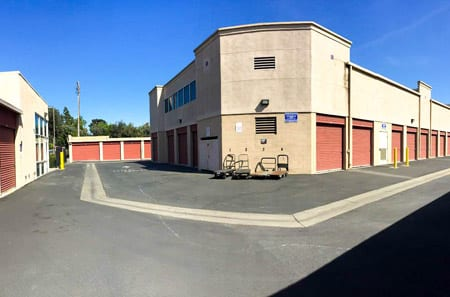 Self Storage Facility Units At StorQuest Self Storage In Long Beach, CA