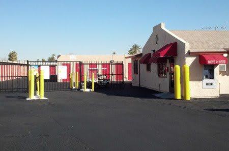 Phoenix self storage facility entrance