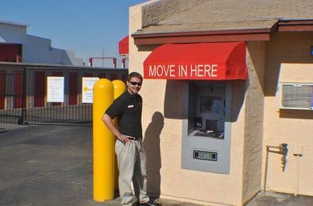 Self storage kiosk in Phoenix at StorQuest Self Storage