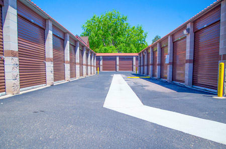 Exterior for self storage units in Aurora