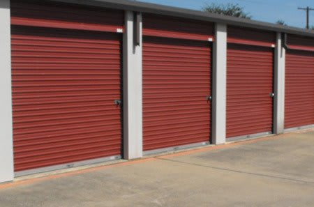 Self storage lockers in Dallas