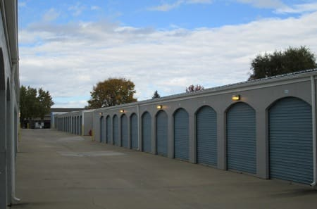 Our storage facility in Lafayette has wide aisles to facilitate drive-up access to your storage unit at StorQuest Self Storage.