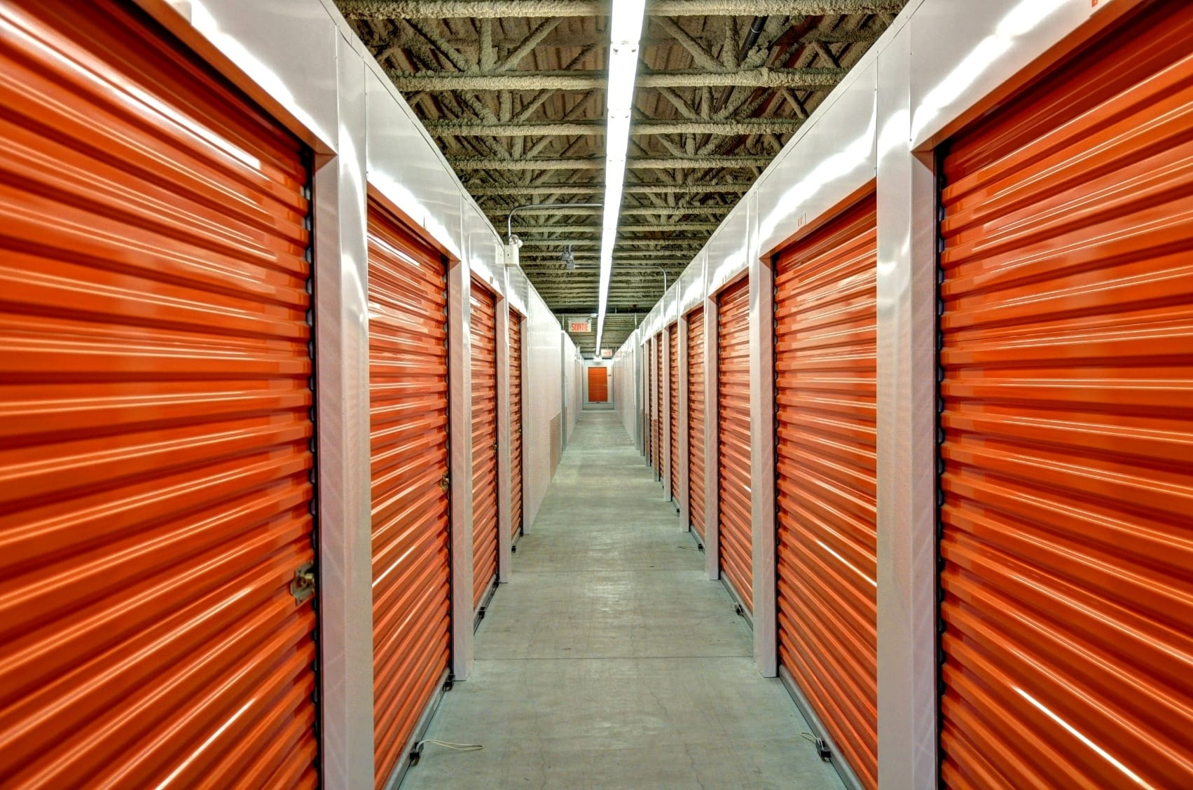 At StorQuest Self Storage in Aurora, we offer business storage, climate-controlled units, and more.