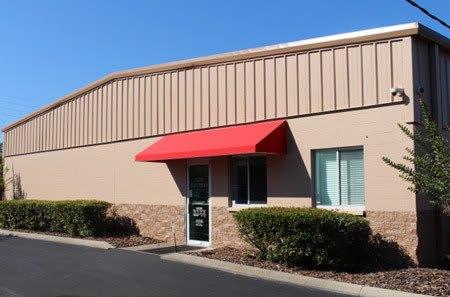 Gainesville self storage facility entrance