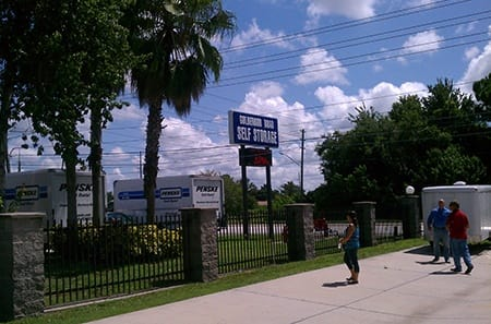 Orlando self storage facility entrance