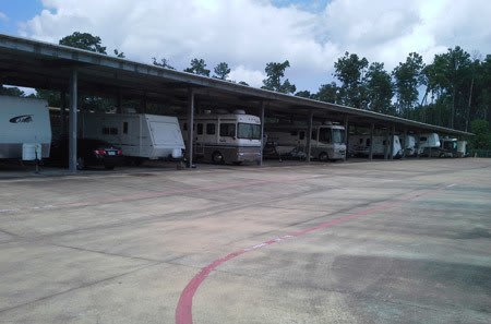 RV storage in at StorQuest Self Storage in Spring