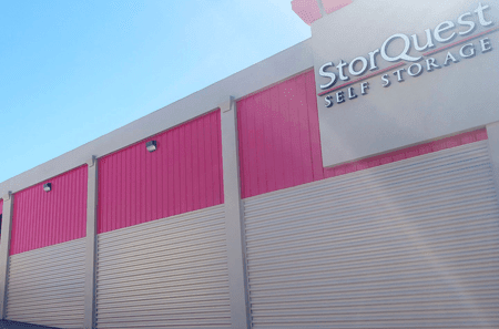 Self storage building exterior in Waipahu