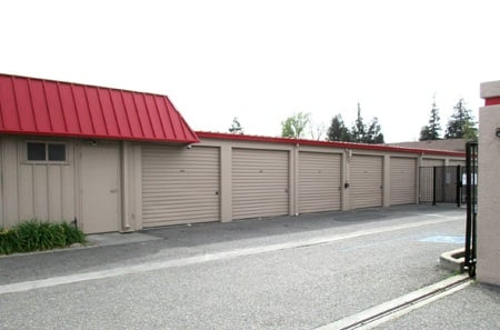 Self storage facility in Modesto