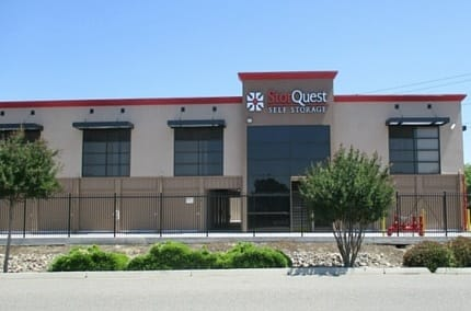 Self storage building exterior in Ceres