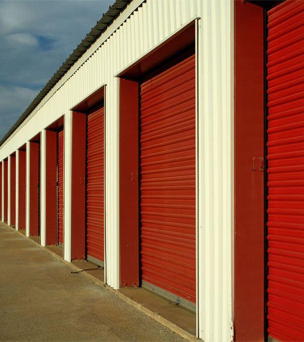 Self storage building exterior in Watford City