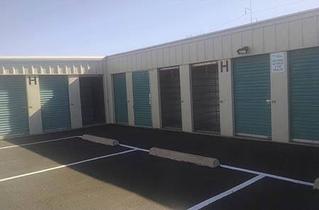 Exterior view of self storage units in Tucson