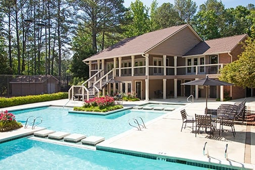 Pool at Jasmine Woodlands in Smyrna, Georgia