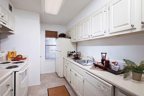 Open Kitchen at Jasmine Woodlands in Smyrna, Georgia