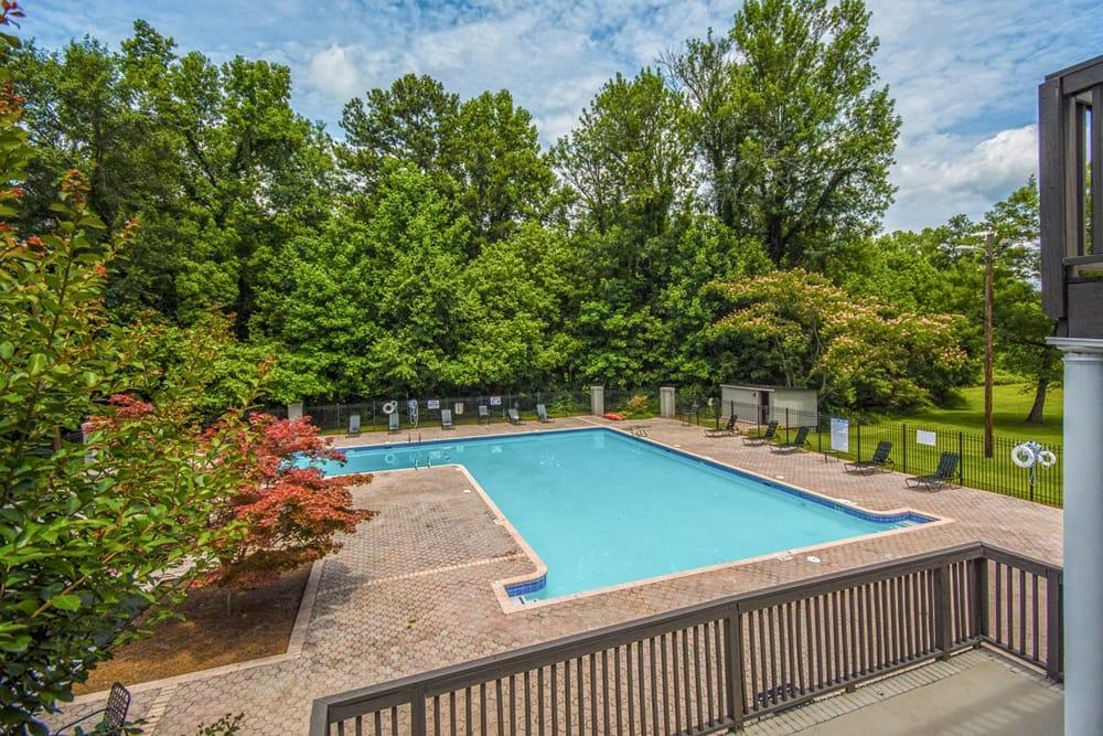 Dunwoody Apartment Homes Pool