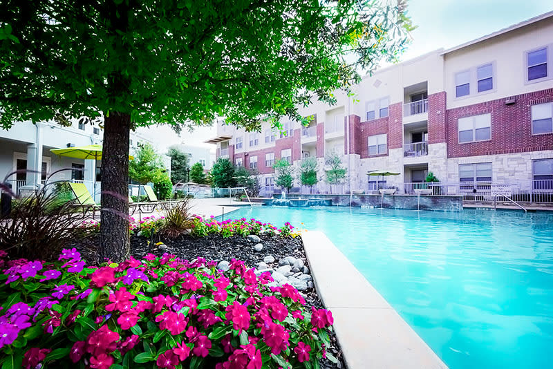 Swimming pool at The Gateway in Plano, TX