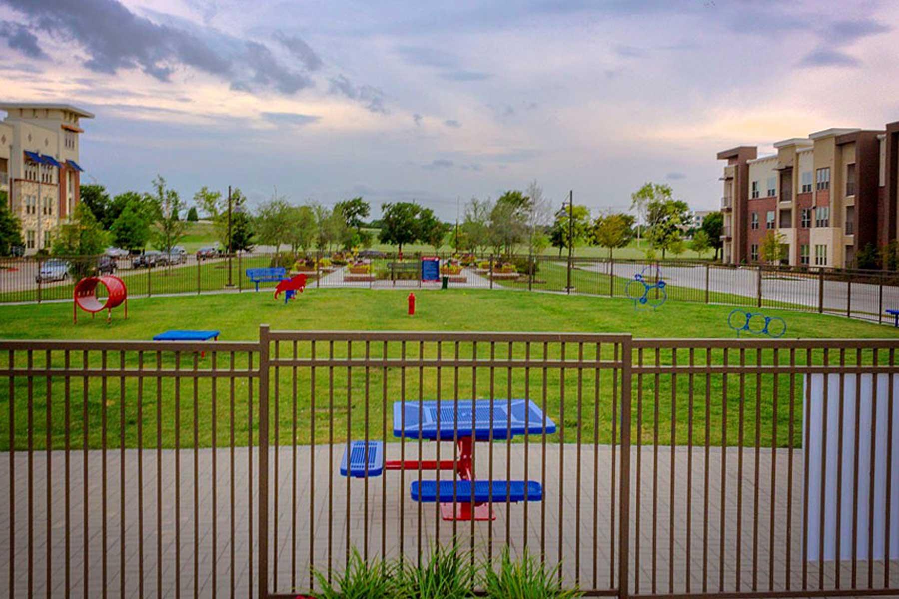 Dog park at Park at Gateway