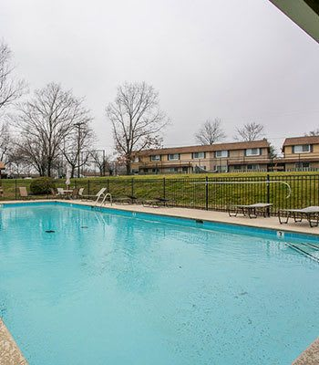 Nashville apartments with a swimming pool