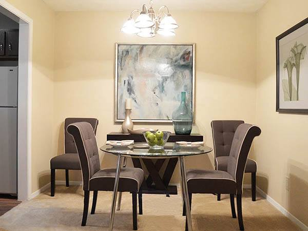 Clarkston apartments with dining areas
