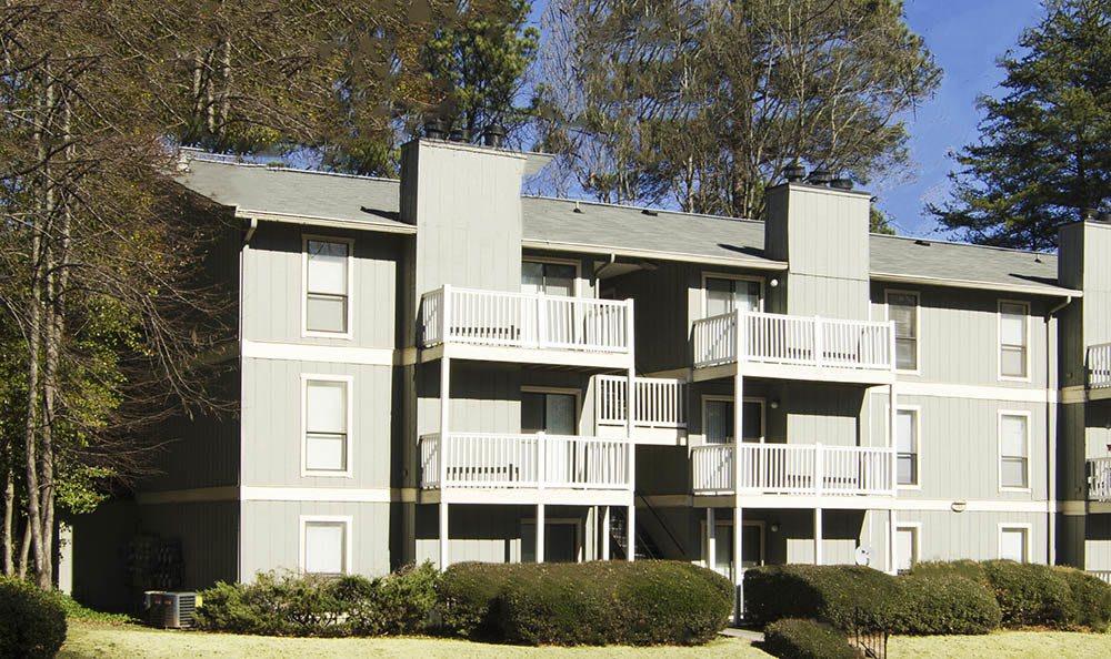 Exterior building of Clarkston apartment community