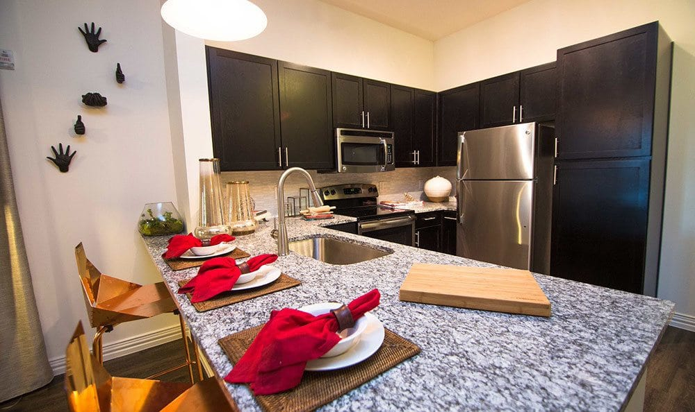 Allen TX apartments with modern kitchens