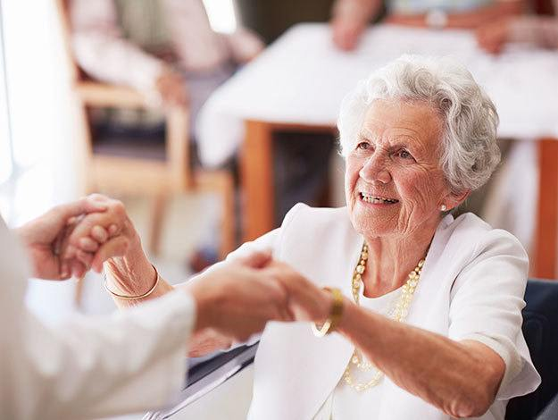 Randall Residence memory care providers employ the best techniques to assist loved ones during a difficult transition.