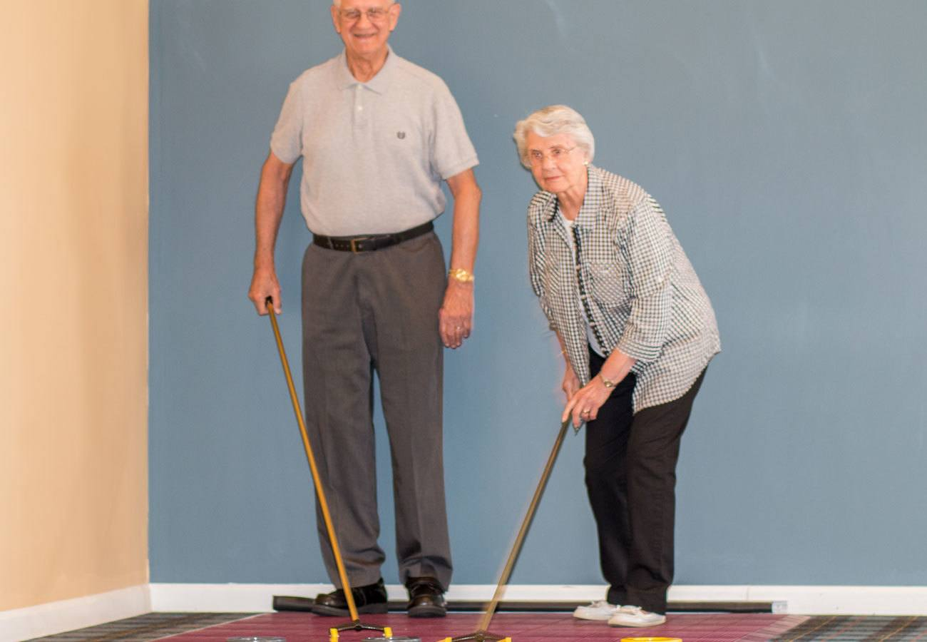 shuffle board at assisted living community in Mentor, OH