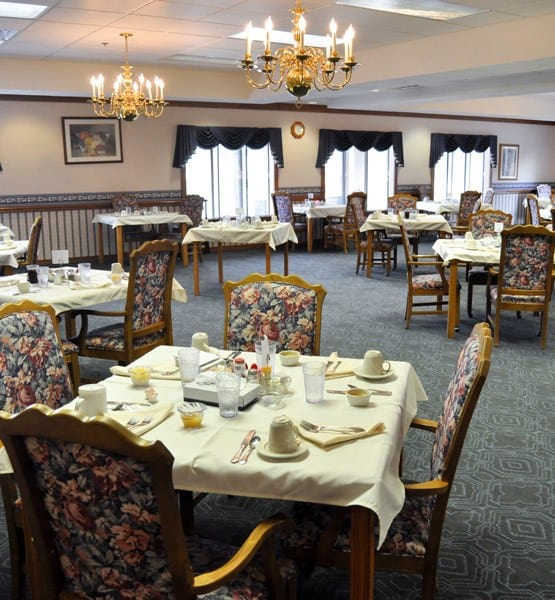 Excellent dining options offered at our assisted living and respite care home in Conneaut, OH.