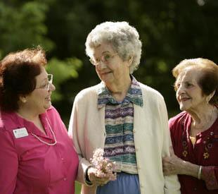 senior living resident and friends in Long Grove