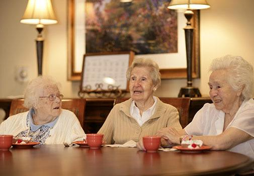 Find new friends at senior living in Plano