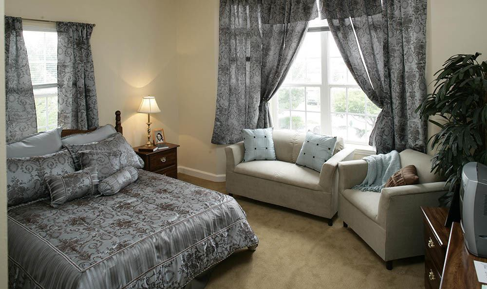 Spacious senior living facility bedrooms in Huntsville