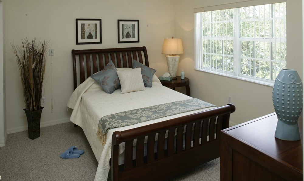 Enjoy the spectacular comfort of our rooms at our Palm Harbor senior living facility