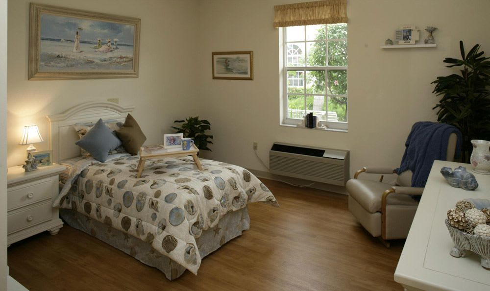 Personal bedroom at our senior living facility in Tamarac