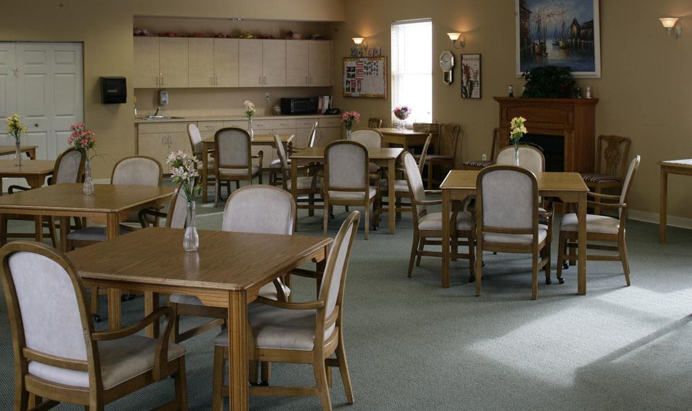 Our senior living facility dining room in Tamarac