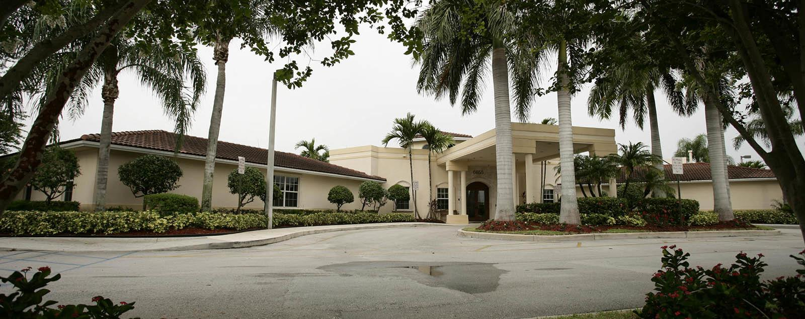Map & directions to senior living in Tamarac
