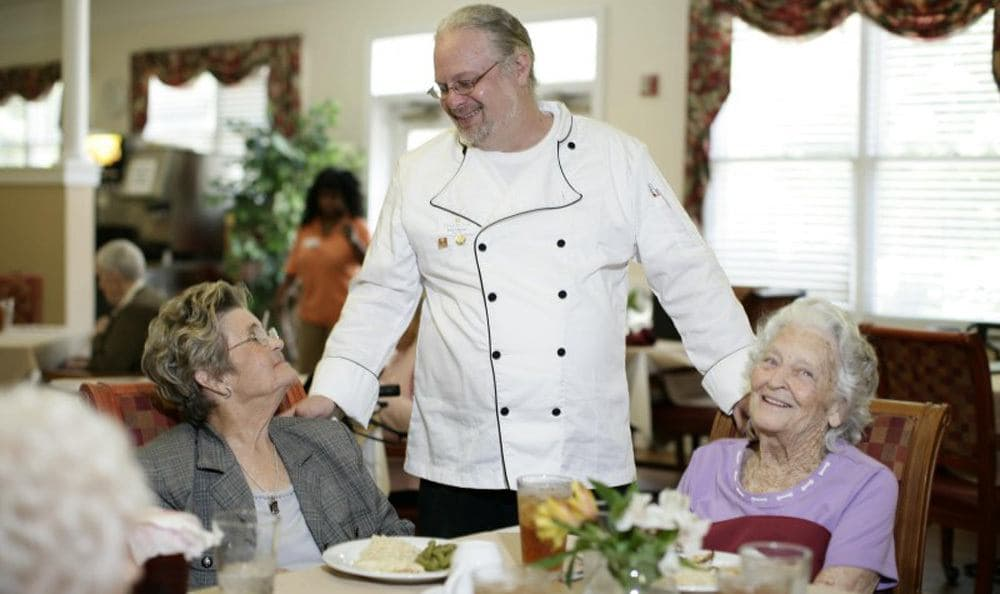 Enjoy the spectacular dining at our Columbia senior living facility
