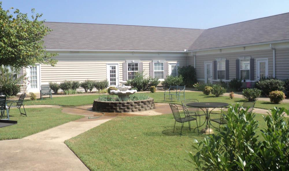 Beautiful courtyard to relax at in our Jasper senior living facility