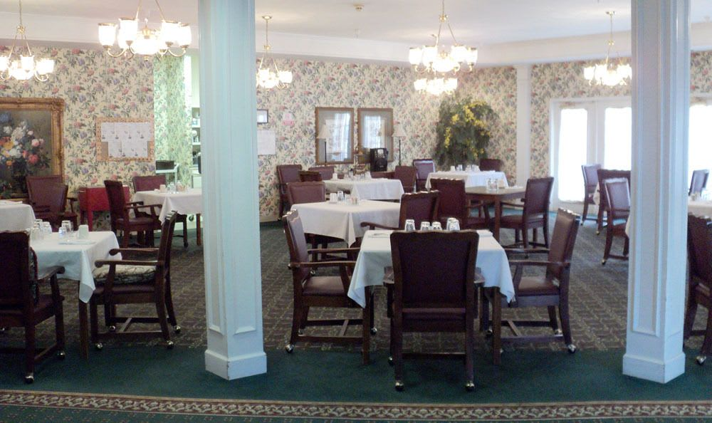 Dining room at our senior living facility in Jasper