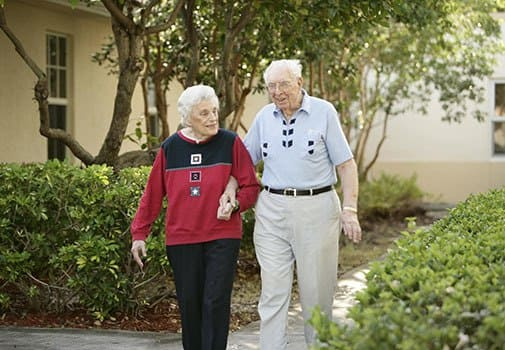 Find new friends at senior living in Coral Springs