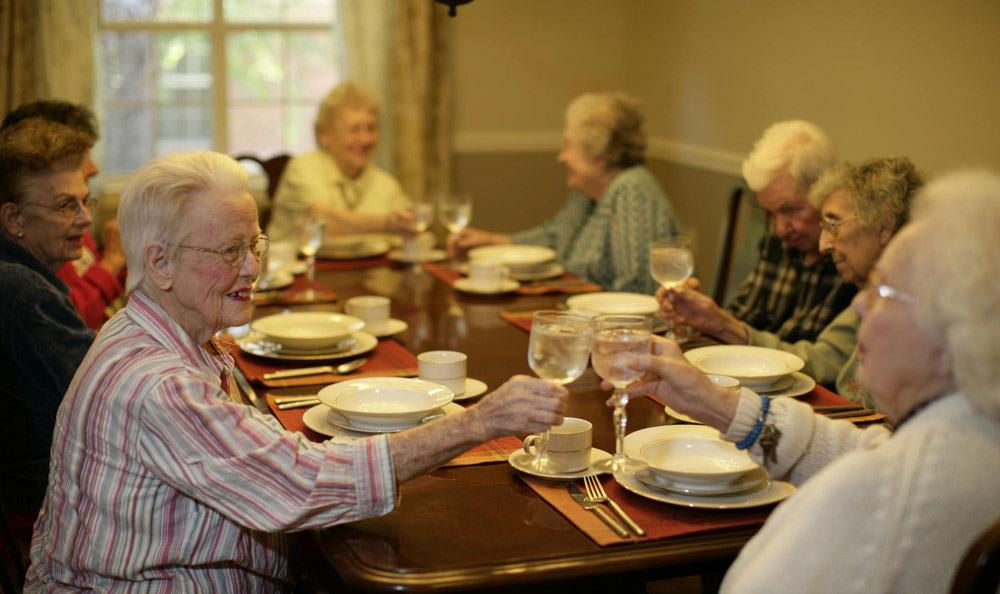 Enjoy the spectacular dining at our Rock Hill senior living facility