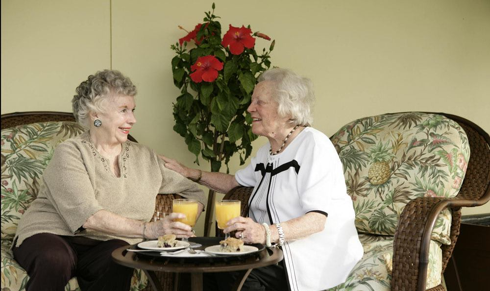 Enjoy every moment with your loved ones and friends at our senior living facility in Vero Beach