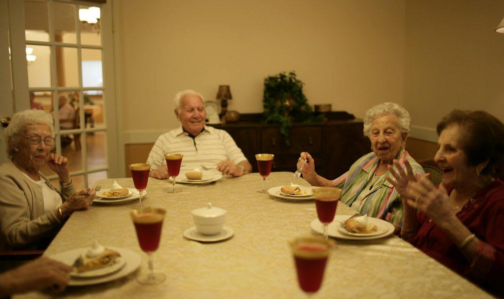 Enjoy the spectacular dining at our Gainesville senior living facility