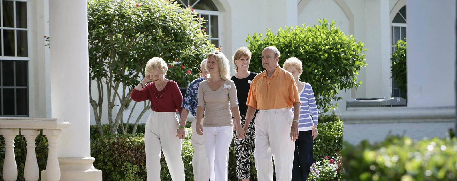 Schedule a senior living tour in Naples
