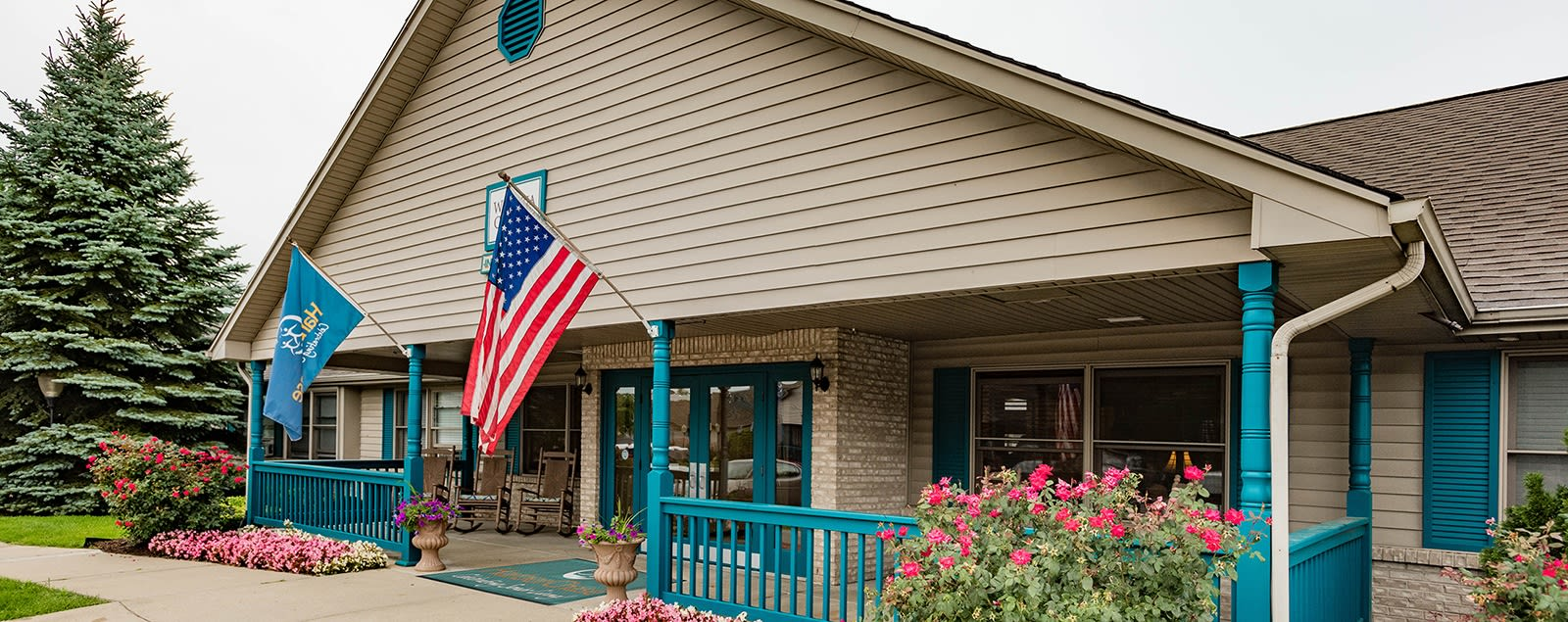 Schedule a senior living tour in Sterling Heights