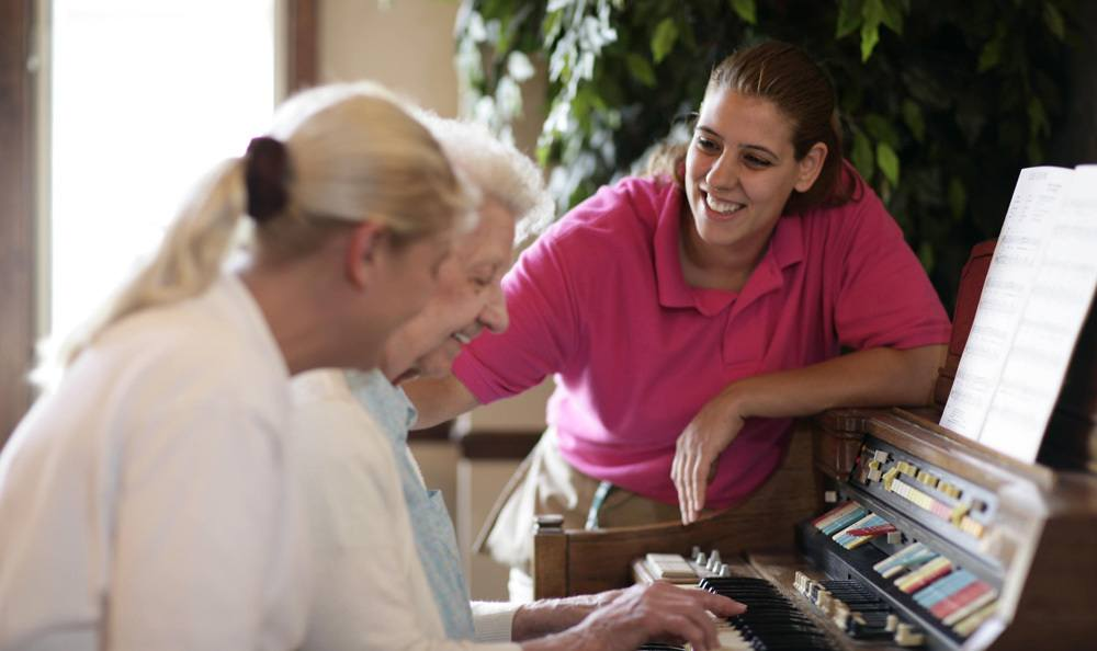 Our Sterling Heights senior living facility has fun activities for you to enjoy