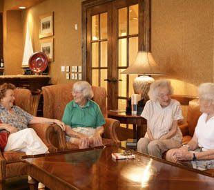 Senior living gathering in Palm Beach Gardens