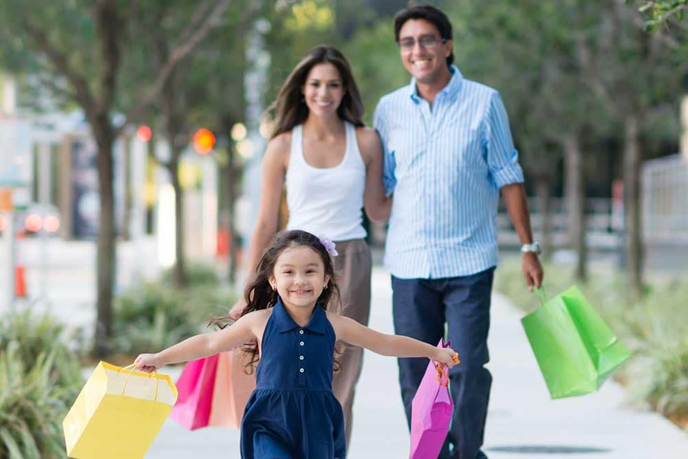 Sonoma Hills Apartments residents shopping as a family