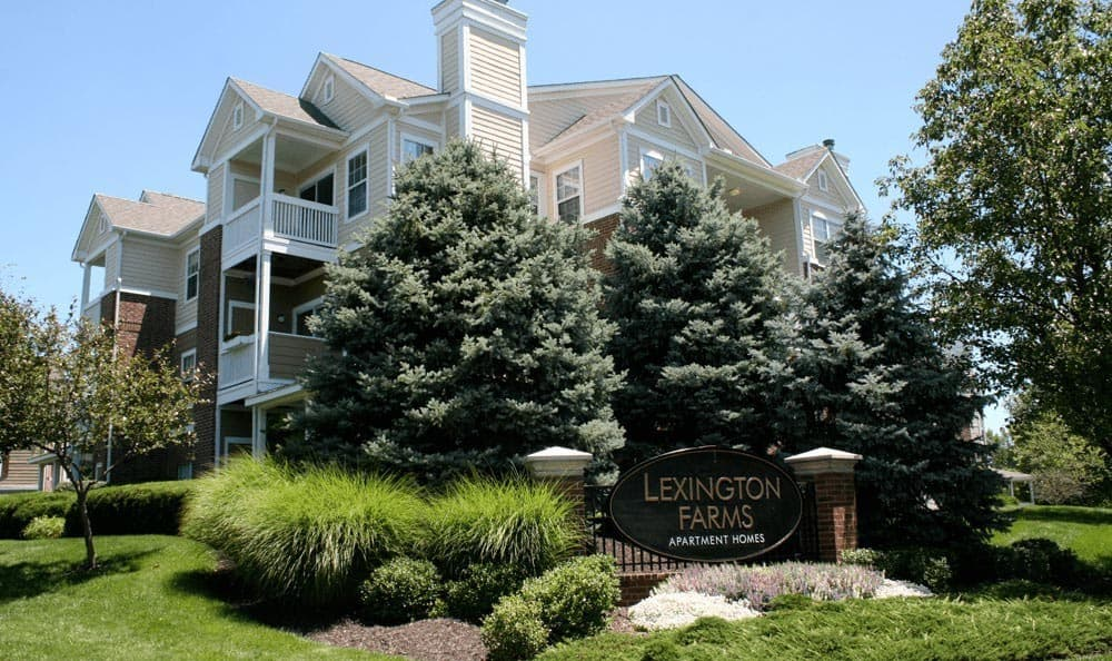 Exterior at apartments in Overland Park