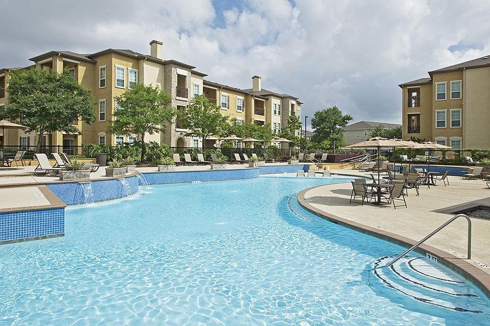 Sparkling pool at our luxury apartments at Amalfi at Tuscan Lakes