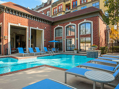 Luxury Swimming Pool at Verdir at Hermann Park in Houston, Texas