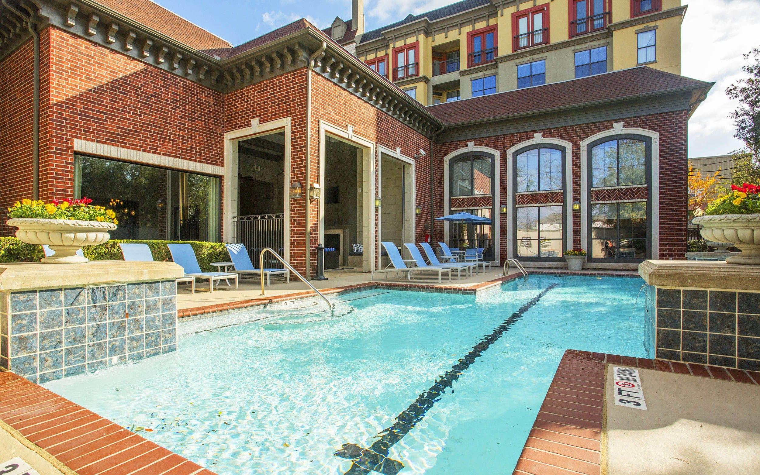 Luxury Swimming Pool at Verdir at Hermann Park in Houston, Texas
